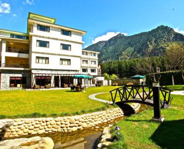 Akhnoor-Hotels